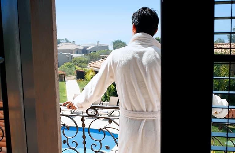 Acupressure and Massage Treatment at Passages Malibu